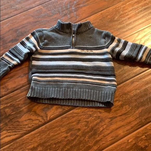 2T Calvin Klein Jeans sweater w zipper pullover.